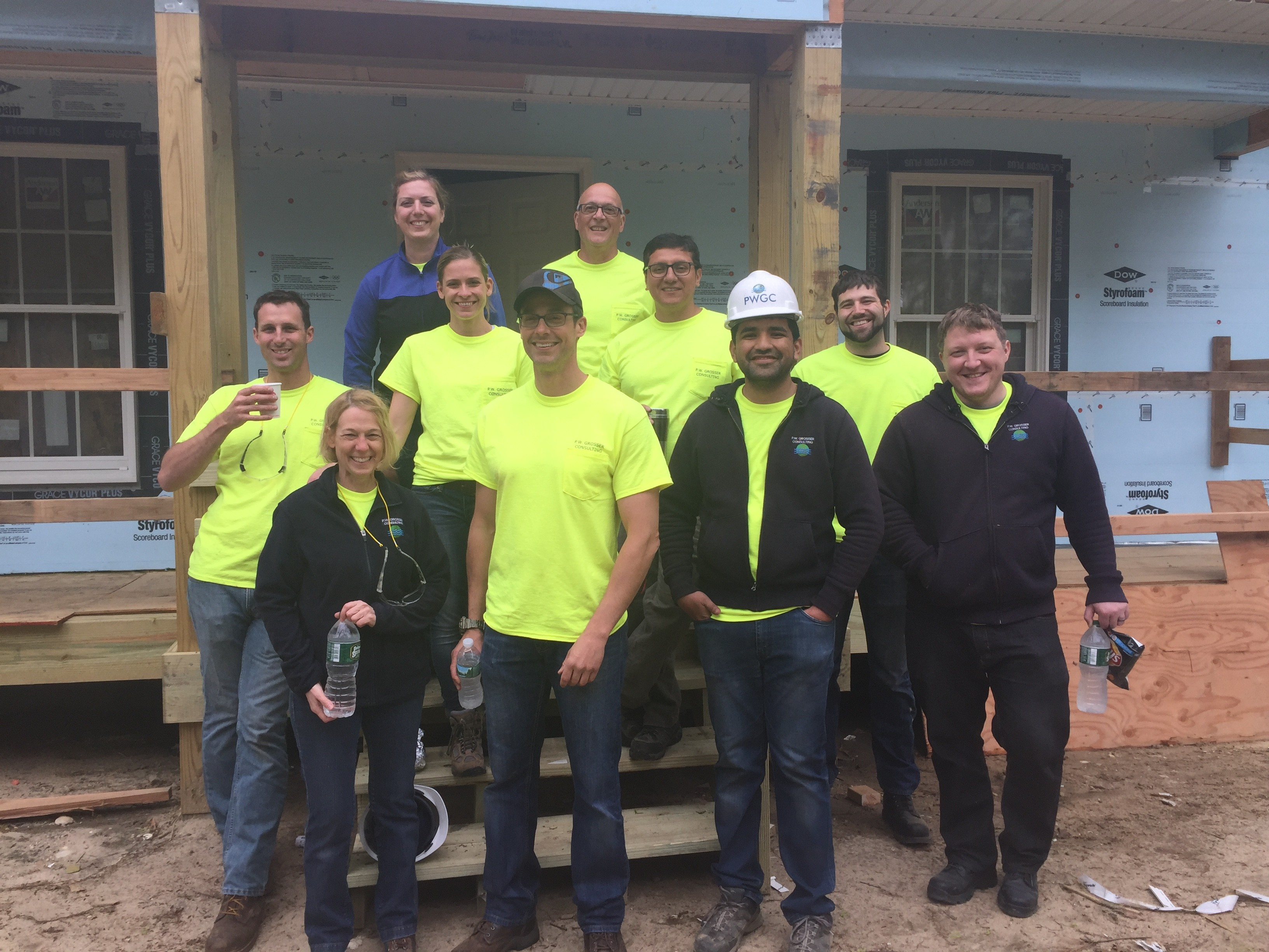 habitat for humanity mastic